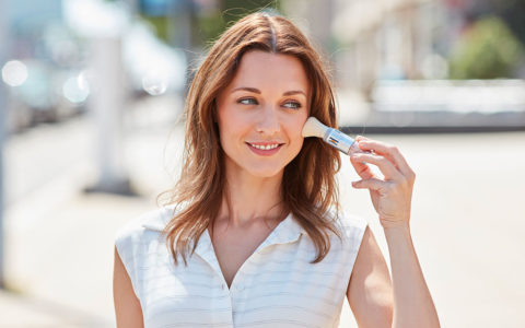 ¿Como protege el fotoprotector en brocha SunBrush Mineral? ISDIN