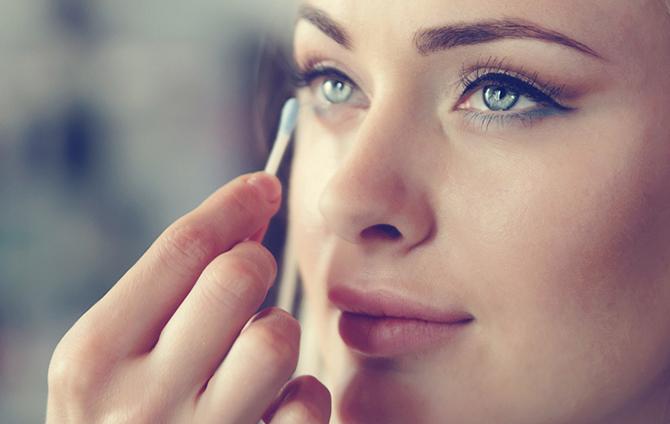 curso de maquillaje ISDIN eyeliner