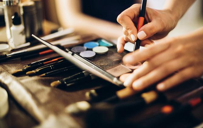 curso de maquillaje ISDIN