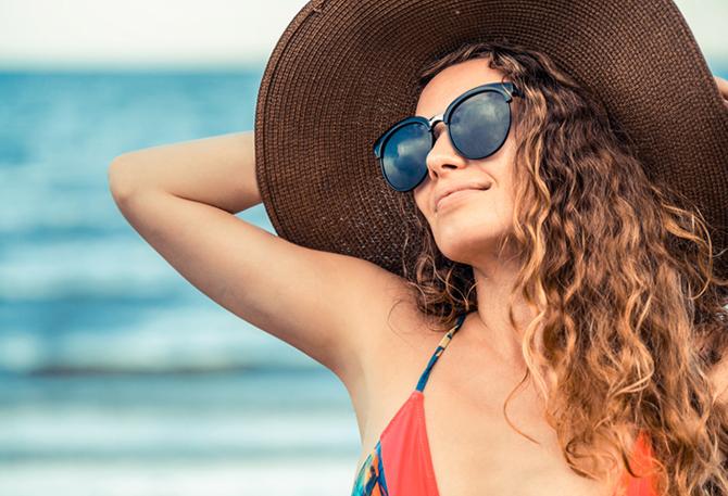 Cubre tu pelo para protegerlo del sol